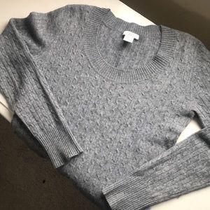 Cashmere grey sweater